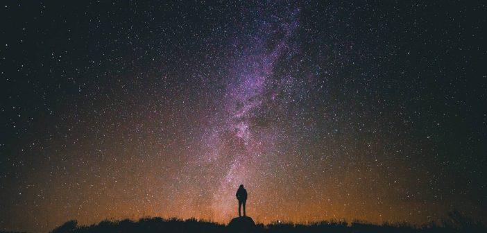 语言宇宙学——评《宇宙创始新论》
